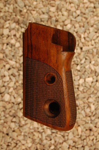 BERETTA 7071 2nd type grips (checkered back)
