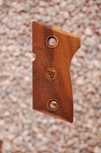 CZ 2075 RAMI grips (fully checkered)