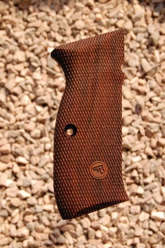 CZ 75 type 5 grips (fully checkered+logo)